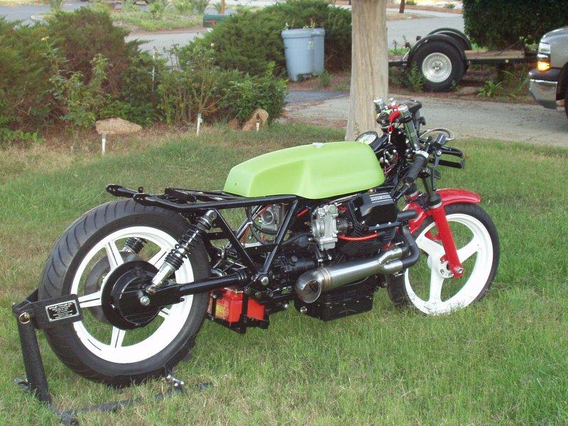 Election du plus bel expresso Moto Guzzi - Page 4 P1010081
