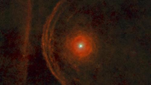 Bételgeuse aurait peut-être déjà explosé... - Page 3 Betelgeuse-Herschel