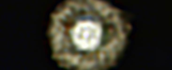 Délectez-vous de la nébuleuse de l'oeuf au plat Eso1136a