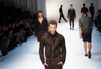Rrobat me vrima për meshkuj  4male