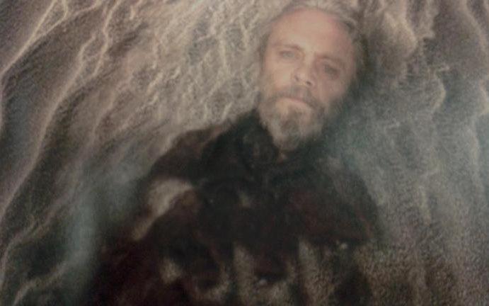 The Last Jedi: General Discussion - Page 2 Luke5-large_trans_NvBQzQNjv4Bq5atK_0dc4WOh43gNNcRgEPOiBAdlNgiwrsf-uERLuPM