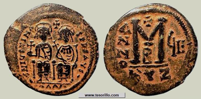 40 nummi de Justino II y Sofía JustinoII-sofia1