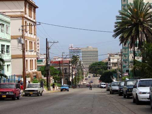 Preguntas breves acerca de Cuba. - Página 29 Fiat125cuba