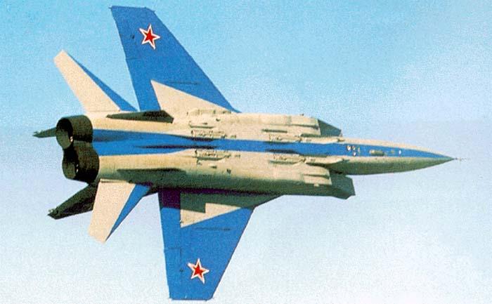 موسوعة اجيال الطائرات المقاتلة واشهر طائرات كل جيل - صفحة 10 Mig31_12