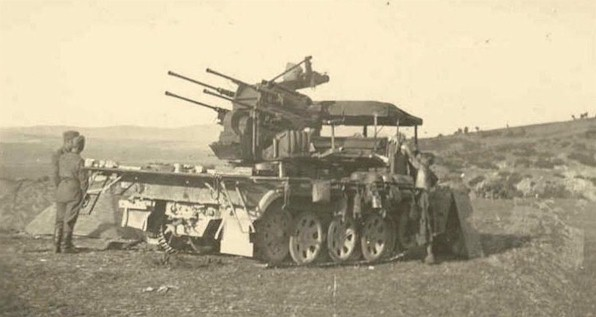 Le Sd.Kfz 7 Mittlerer Zugkraftwagen 8-ton . SD7flak20N1
