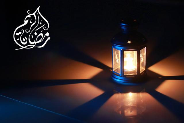 صور و خلفيات فوانيس رمضان لسطح المكتب اهديها لمن تحب   JPCD_1342721389