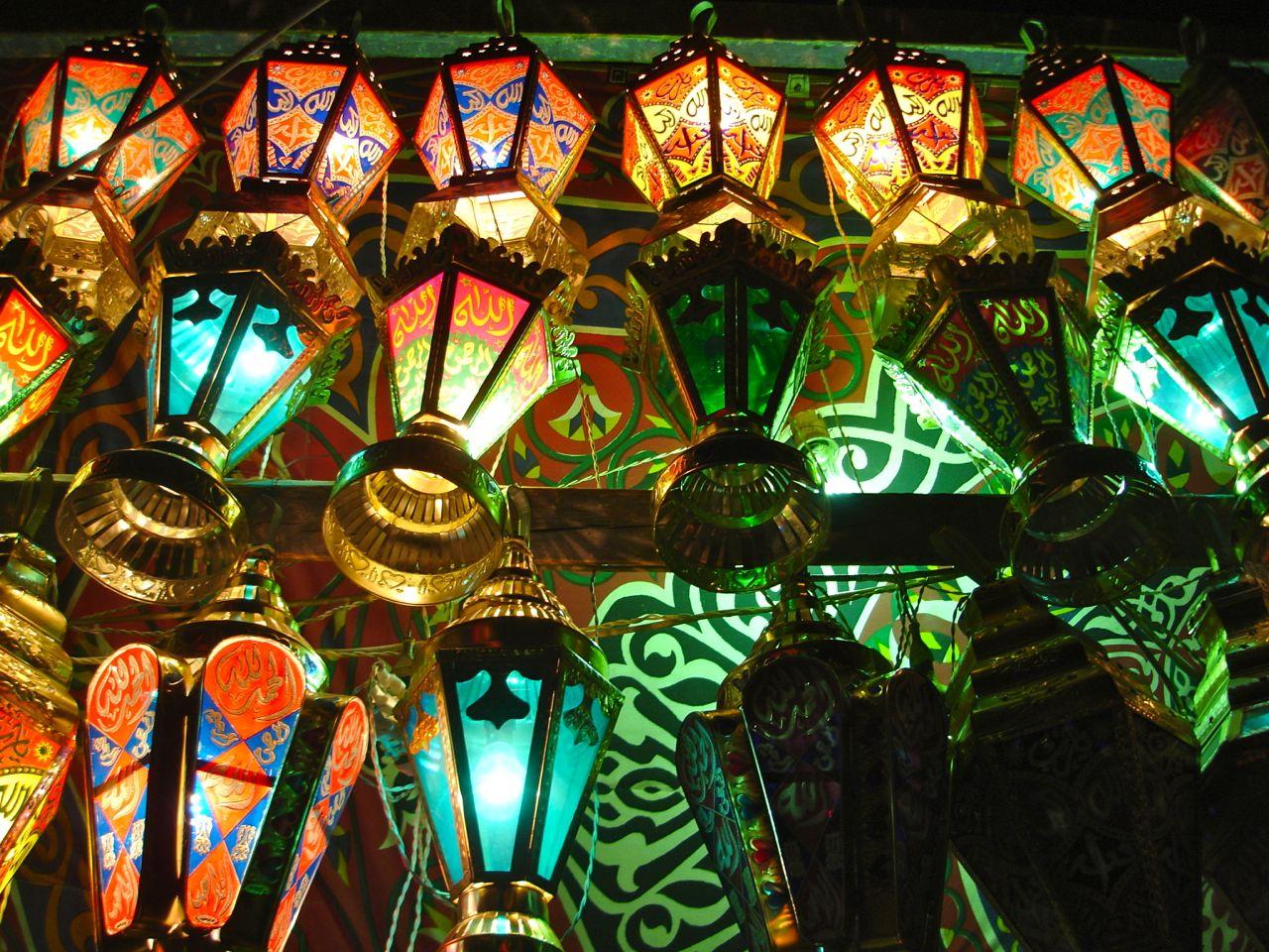 صور و خلفيات فوانيس رمضان لسطح المكتب اهديها لمن تحب   Ramadan-lanterns-fawanee