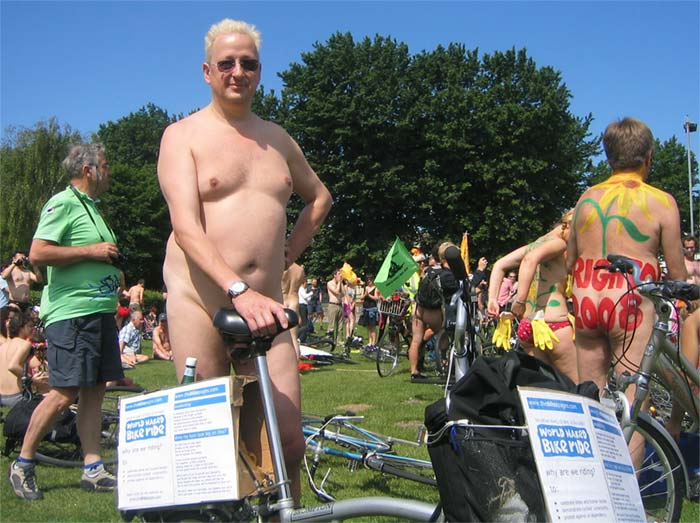 London Naked Bike Ride 2010 Wnbr2008-003me