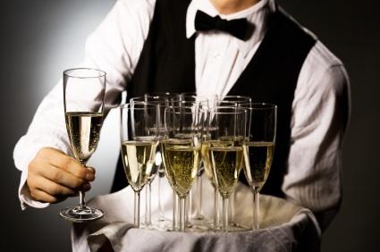 Попкорн (общество, политика) - Том XXI - Страница 2 Waiter-with-glasses