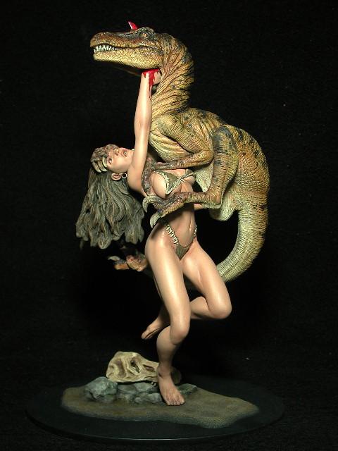 tyrannosaure avec sa proie - Page 2 Cavegirl2