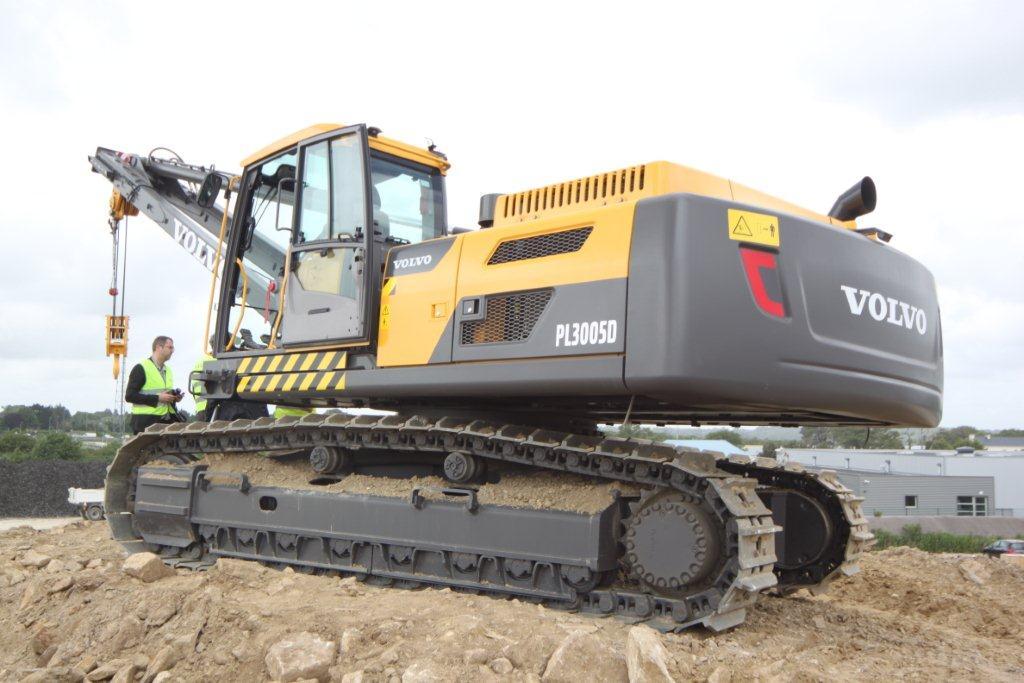 macchine movimento terra industriali heavy equipment 1341148043_img-3156