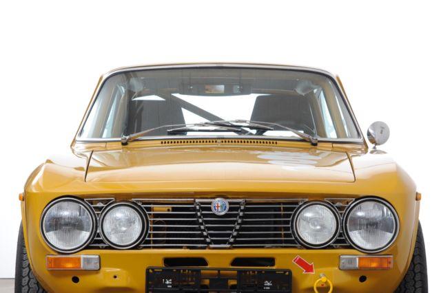 Un nouveau coupe bertone 2000 à remettre en route Alfa-Romeo-GTV-2000-09