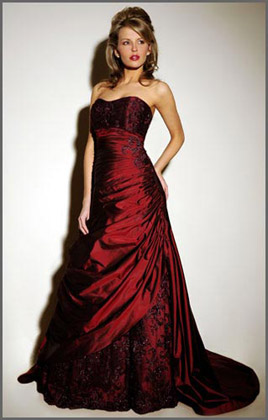 لعشاق اللون الأحمر Loren-red-wedding-dress-420