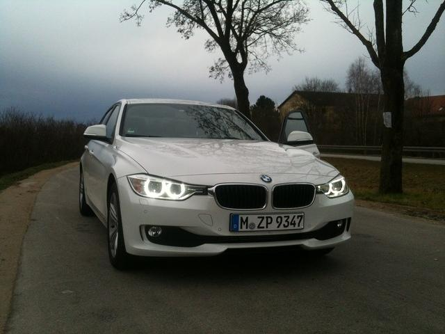 2011 - [BMW] Série 3 [F30/1] - Page 4 IMG_1791