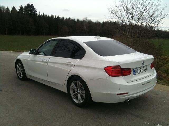2011 - [BMW] Série 3 [F30/1] - Page 4 IMG_1792