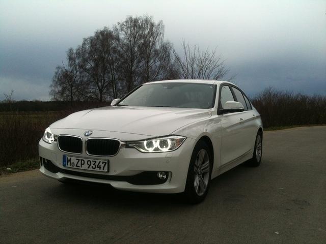 2011 - [BMW] Série 3 [F30/1] - Page 4 IMG_1794