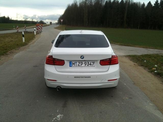 2011 - [BMW] Série 3 [F30/1] - Page 4 IMG_1796
