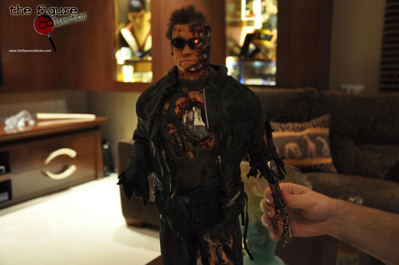 Colecao do Turco louis gara do forum Sideshow Collectors! Pobrinho!!! Cinemaquette-T850-damaged-byRaphael-10