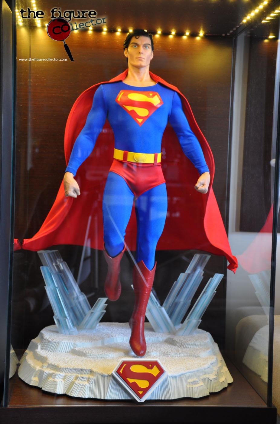 Colecao do Turco louis gara do forum Sideshow Collectors! Pobrinho!!! Superman-Cinemaquette-05
