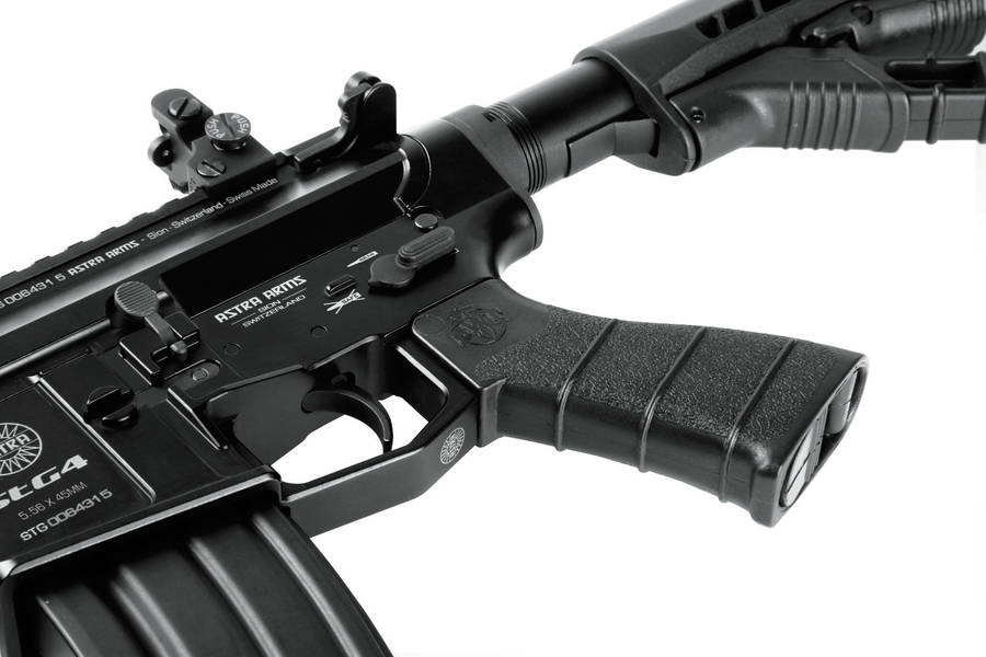 En Eslovenia venden Fusil de asalto hechos en México 1-tfb