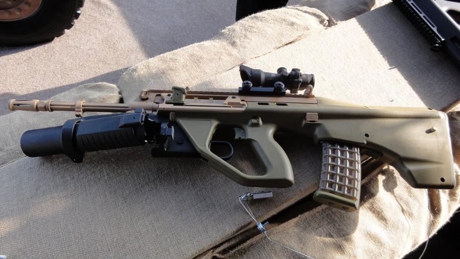 لتطوير الجيش  تونس Ef88_with_grenade_launcher_open-tfb
