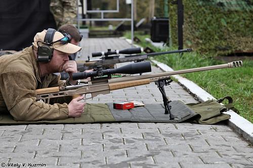 وزارة الدفاع الروسية تبدأ باقتناء أسلحة قناصة جديدة من صنع روسي Sniping_15_500x_333-tfb