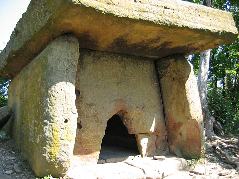 Caucasian Dolmens. The history of people.  Dolmen_Russia_Kavkaz_Doguab_1