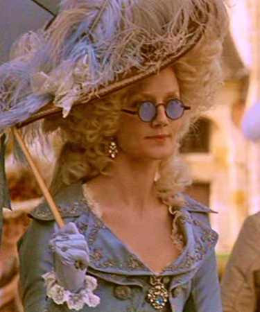 Marie-Antoinette and Style Necklace5