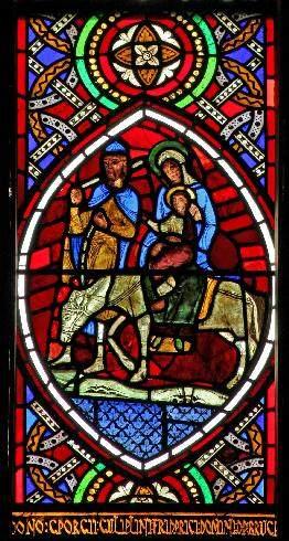 Les vitraux  du XIIIéme siècle . WC1-IMG_7801
