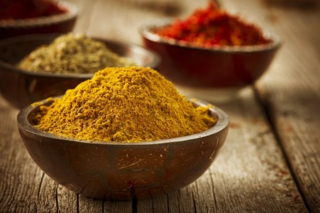 The Spice That Prevents Fluoride From Destroying Your Brain Spice_turmeric_brain_health-451x300
