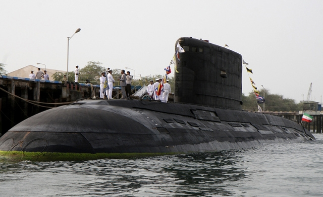 روسيا قد تبيع اسلحة الى ايران تصل قيمتها الى 13 مليار دولار  Russian-built-Kilo-class-submarine-overhauled-by-Iran