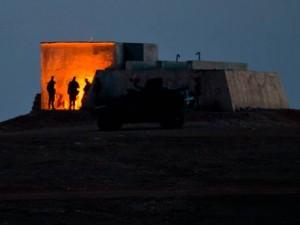 Irak et Syrie ou l'arnaque occidentale de l'EI  Turkish-soldiers-300x225