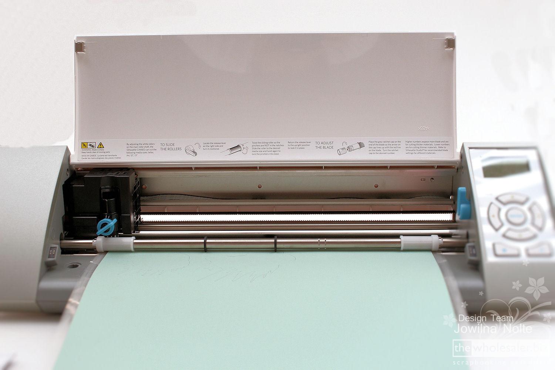 Question technique Cameo v1  - A quoi sert ce bouton?! Silhouette-CAMEO-Cutting-Cardstock-1