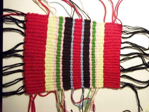 Tejido en telar de fabricación casera sencilla Basic-weaving-with-a-homemade-loom-step11