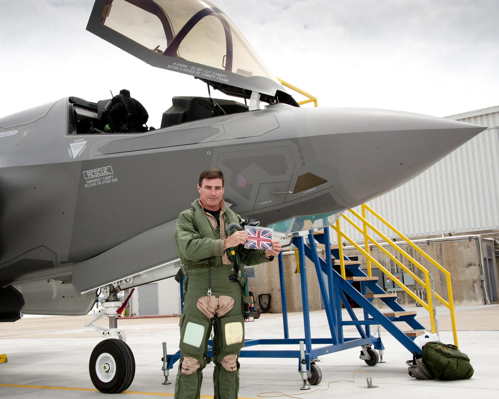 Royal Navy - Fleet Air Arm: News UK-First-F35-B-Joint-Combat-Aircraft-flight-BK-1-02