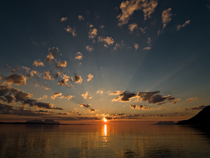 Zalazak sunca-Nebo Wide_angle_sunset_800