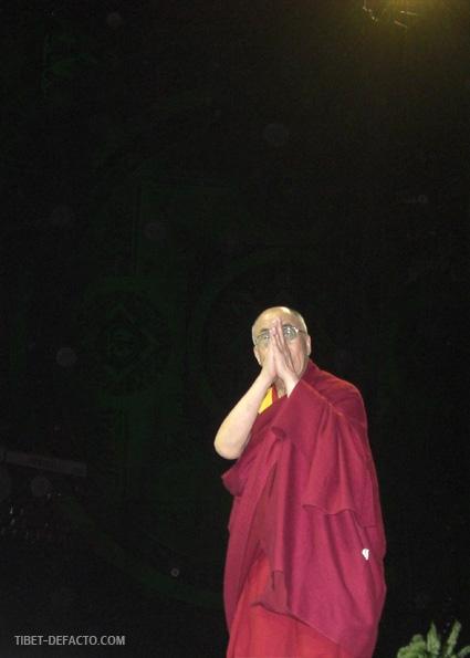 Marche du Dalaï Lama/Lhassa s'enflamme, Pékin l'étouffe - Page 17 Dalailama
