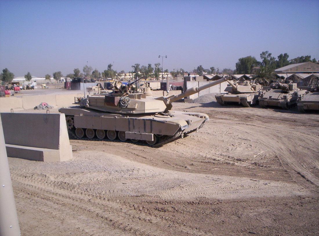 M1A2 SEP Dragon 1/35 et ses jupes... Abrams_02