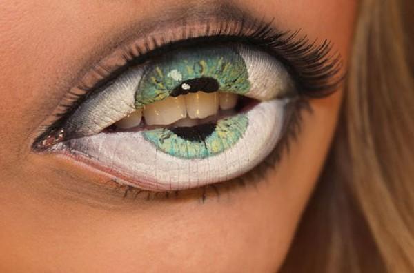 >> TE VEO Y TE SIENTO << - Página 3 Impactante-maquillaje-ojos-2-e1362575816265