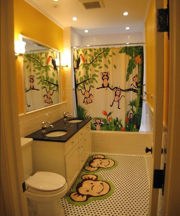 حمامات لأطفالك Playful-and-vivid-jungle-theme-surely-lights-up-this-bathroom-design-with-glee