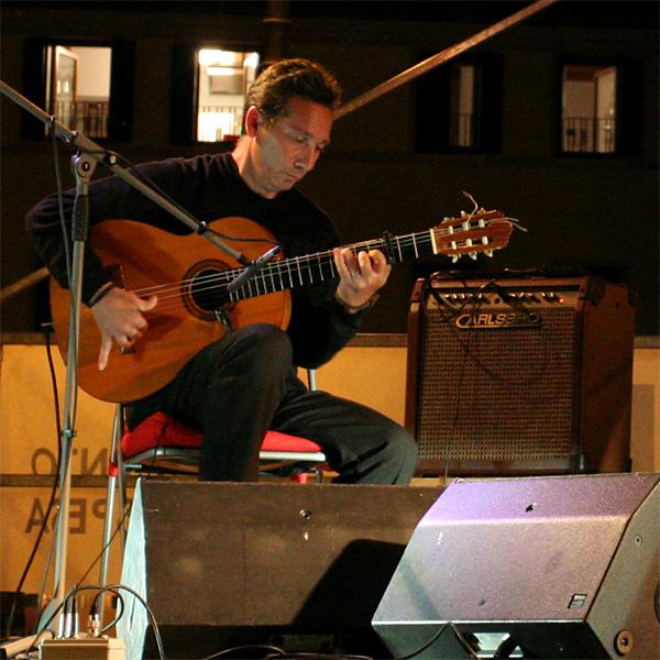 concerto di Renaud Garcia-Fons domani venerdì 26 giugno a Casier di Dosson (TV) Kiko_ruiz