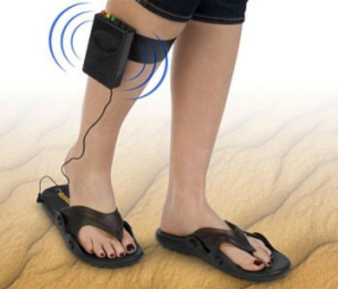 Trésors enfouis Metal-detecteur-sandales