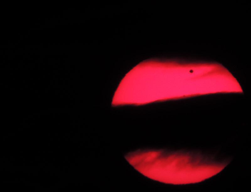 SOLAR eclipse of VENUS 06.06.2012 with  NIKON P510 Vs06