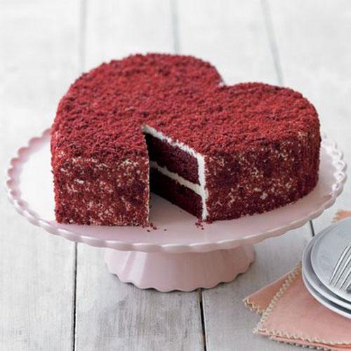 Celebrating our SECOND anniversary!! Torta-per-san-valentino