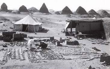 The Great Expeditions to the Pyramids Pyramidtravelers4-1