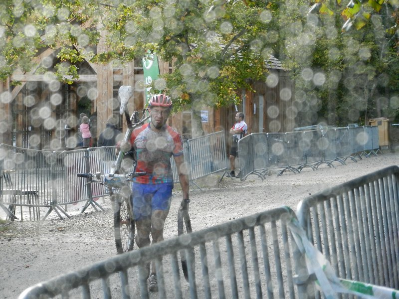 [CR humide...] La Gamelle Trophy 2011 sous le déluge ! 20110918_174822_dscn0729b