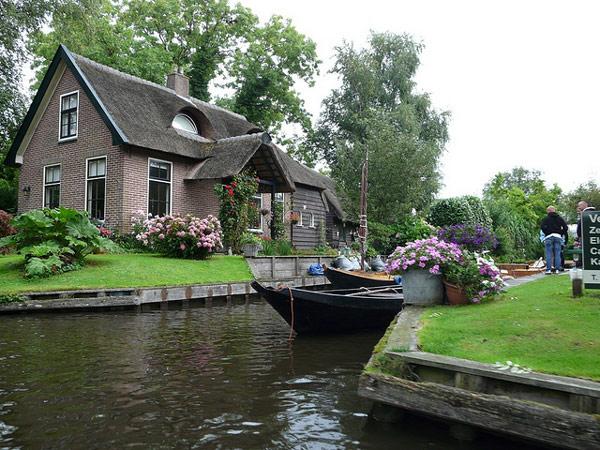 Raj na zemlji - Grad bez puteva Giethoorn-Holland-13