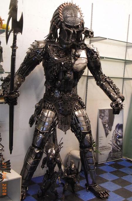 Statue réel - Statue géante en métal - Sculpture de glace - Réplique des TF des Films Transformers fait par des Fans Metalsculptures06