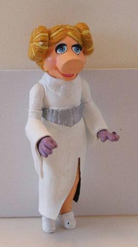 Princess Leia ANH Mini bust Leiapiggy