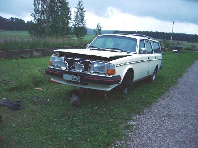 Volvo 245 California (FuncCrew) Madallusta